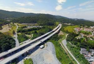 Trecho norte do Rodoanel de São Paulo-SP: obras começaram em 2013 e previsão é que sejam concluídas em 2023 Crédito: Artesp