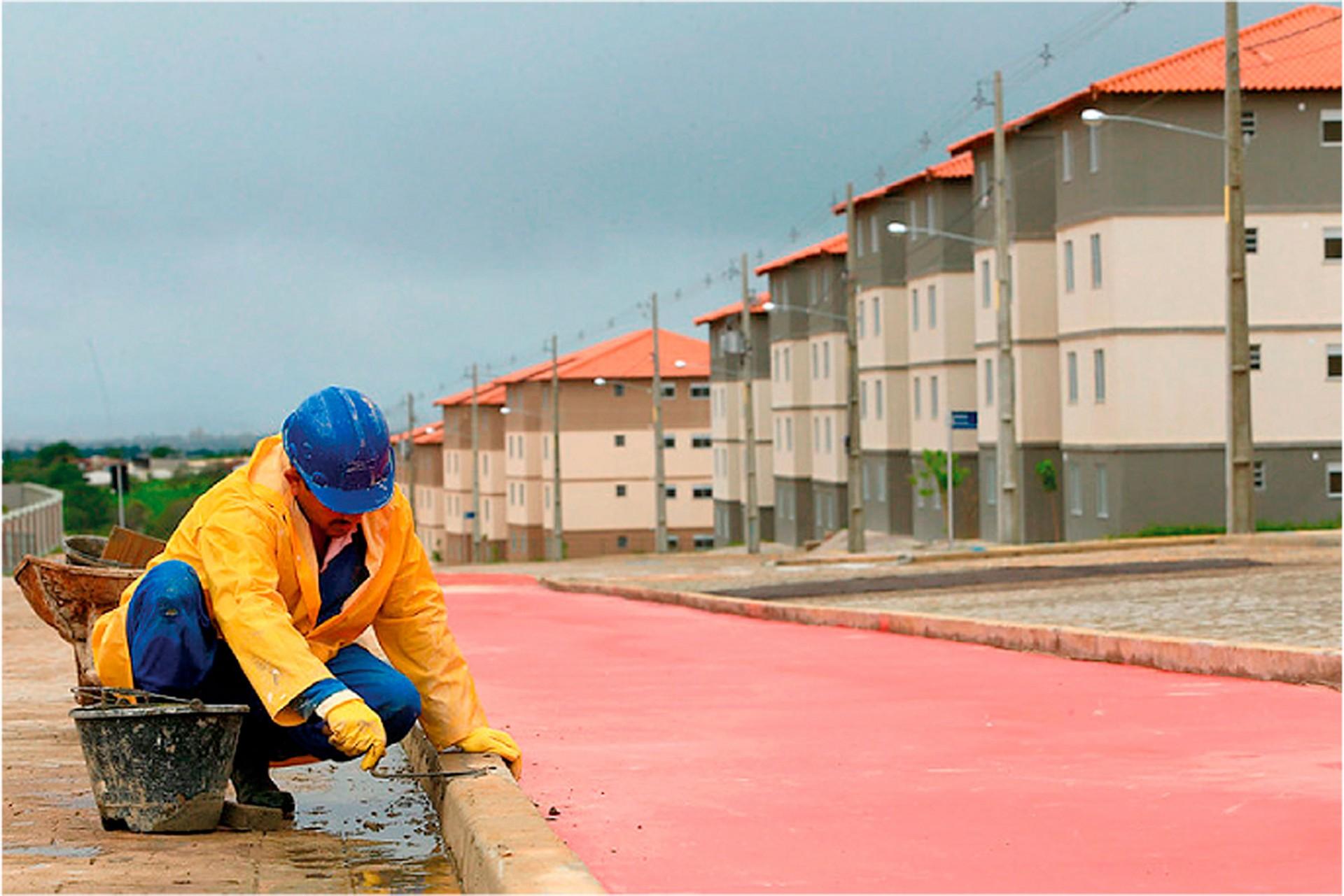 Casa Verde e Amarela está em fase de transição do Minha Casa Minha Vida e em 2021 só passará a aceitar projetos concebidos na plataforma BIM. Crédito: Agência Brasil