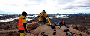 Geólogos australianos já realizaram a prospecção da área em que será construído o aeroporto. Próximo passo é obter apoio internacional Crédito: Aron Gavin/Australian Antarctic Program