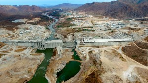 """Comparada com Itaipu e Três Gargantas, a maior hidrelétrica africana pode ser considerada de """"porte médio"""" Crédito: WeBuild Group"""
