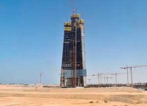 Imagem de janeiro de 2021 mostra como está o Jeddah Tower atualmente: nenhuma movimentação na obra Crédito: Jeddah Economic Company