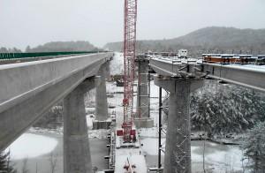 Pontes sobre o rio Williams, em Vermont: concreto de alto desempenho e armaduras em aço inox para evitar patologias como a RAA Crédito: PCI