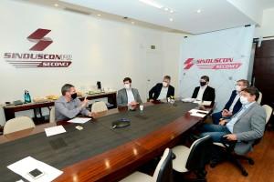 Painel no SindusCon-PR sinalizou como a construção civil do Paraná irá se beneficiar do programa Casa Verde e Amarela Crédito: Guilherme Santos/Cohapar