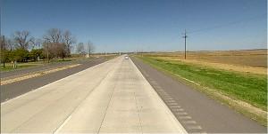 Tecnologia whitetopping permite que o pavimento de concreto use o asfalto deteriorado como base na restauração de rodovias Crédito: Banco de Imagens