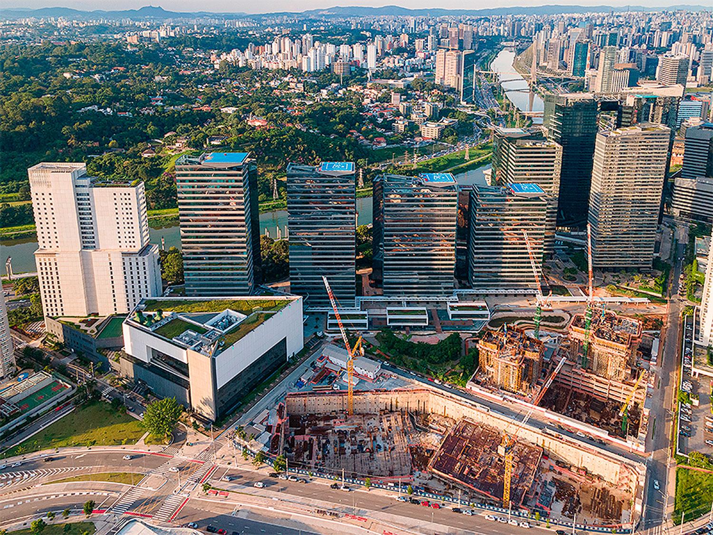 Complexo Parque da Cidade, em São Paulo-SP: uso de elementos pré-moldados em edifícios comprova tendência de verticalização da construção industrializada do concreto Crédito: Matec