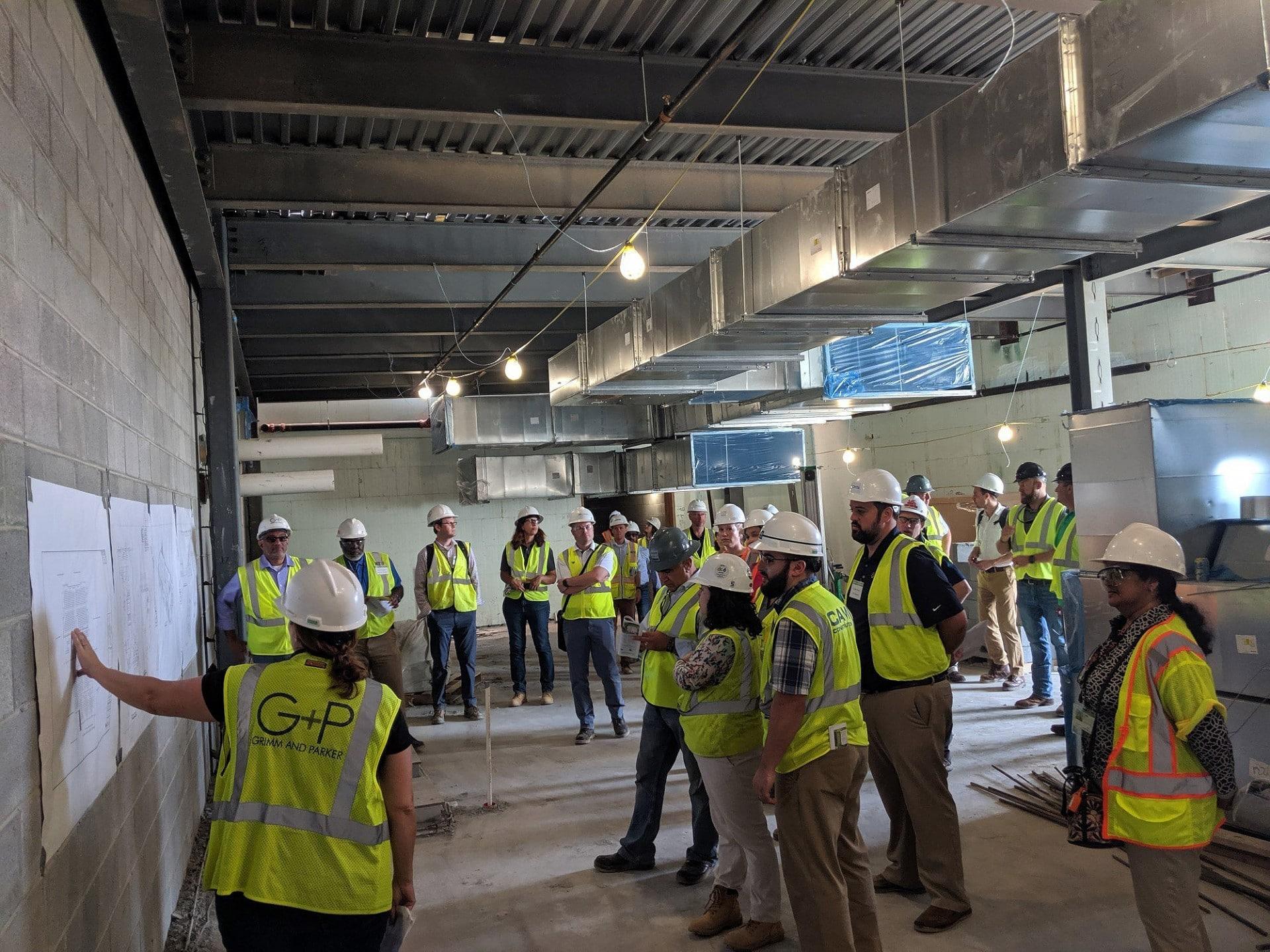 Em todo o mundo cresce número de profissionais da engenharia civil e da arquitetura à frente de projetos voltados para a construção sustentável Crédito: USGBC