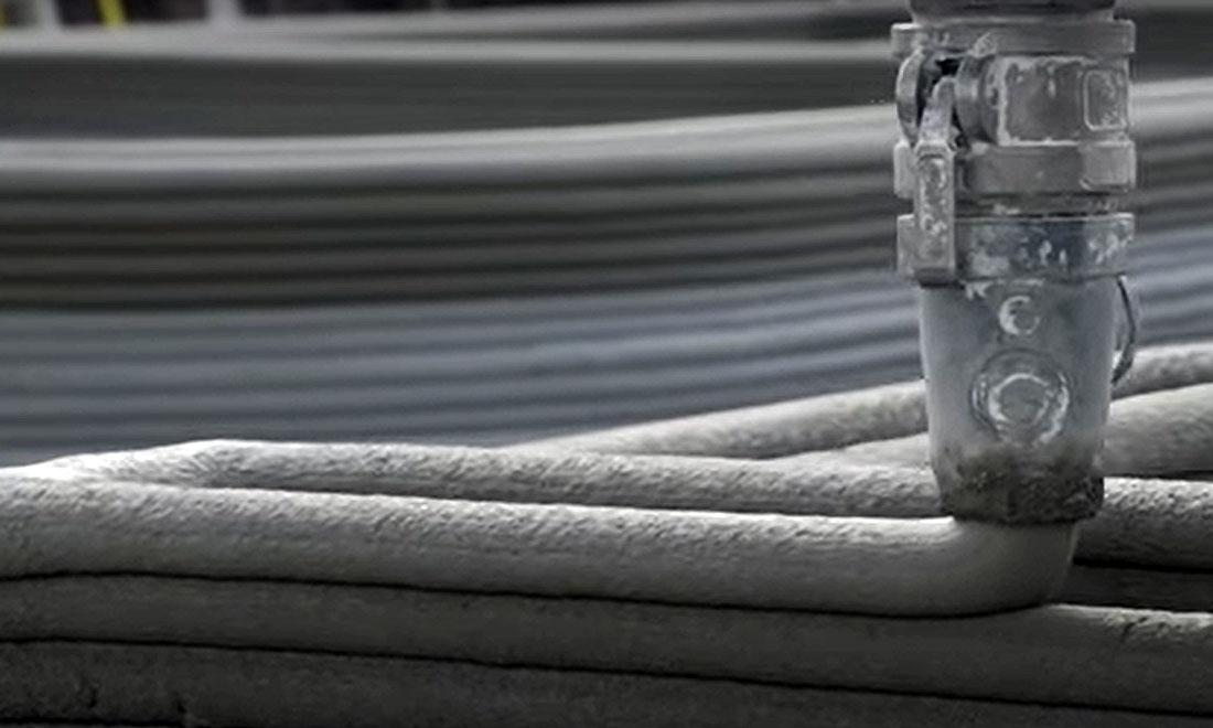 Para que resulte em um processo confiável, a impressão 3D de concreto depende de uma sintonia fina entre máquina, software, material e projeto Crédito: YouTube/ICON Technology