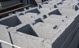 Nos 12 meses recentes, a capacidade instalada da indústria de materiais de construção tem oscilado entre 77% e 88% Crédito: Pixabay