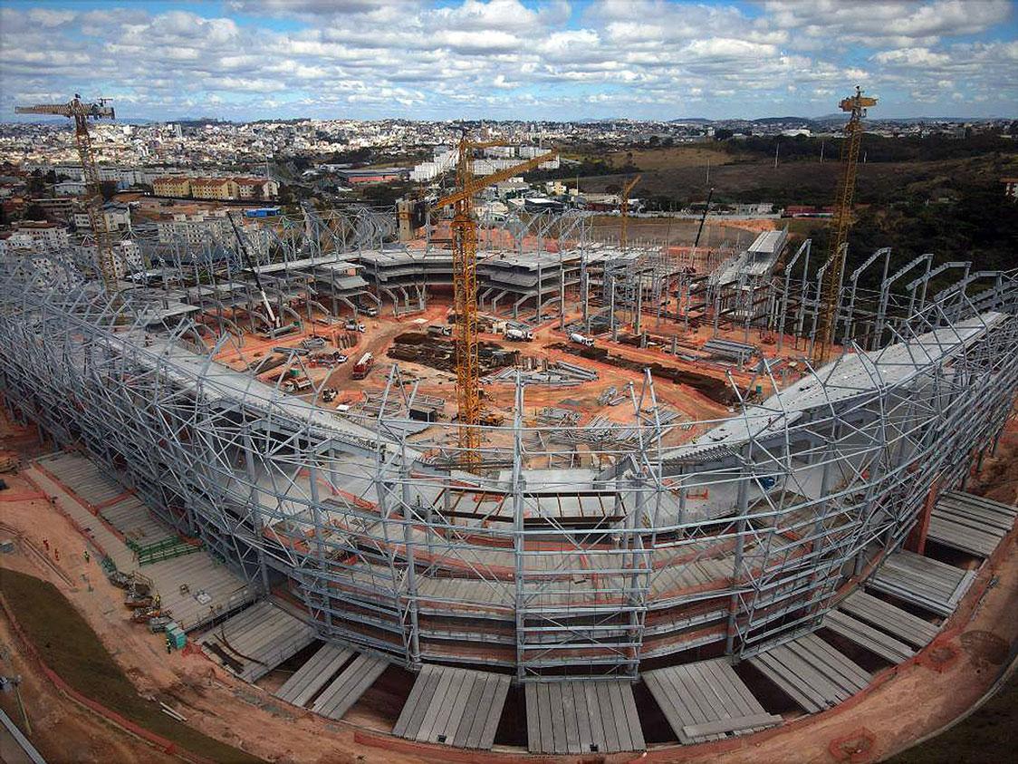 Arena do Galo: volume de concreto envolve 38.000 m³ de material pré-fabricado e 46.000 m³ de estruturas moldadas in loco Crédito: Arena MRV