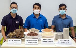 Pesquisadores do departamento de engenharia civil e meio ambiente da Universidade Nacional de Cingapura mostram os agregados usados para produzir a areia que deu mais resistência aos corpos de prova do concreto UHPC Crédito: National University of Singapore
