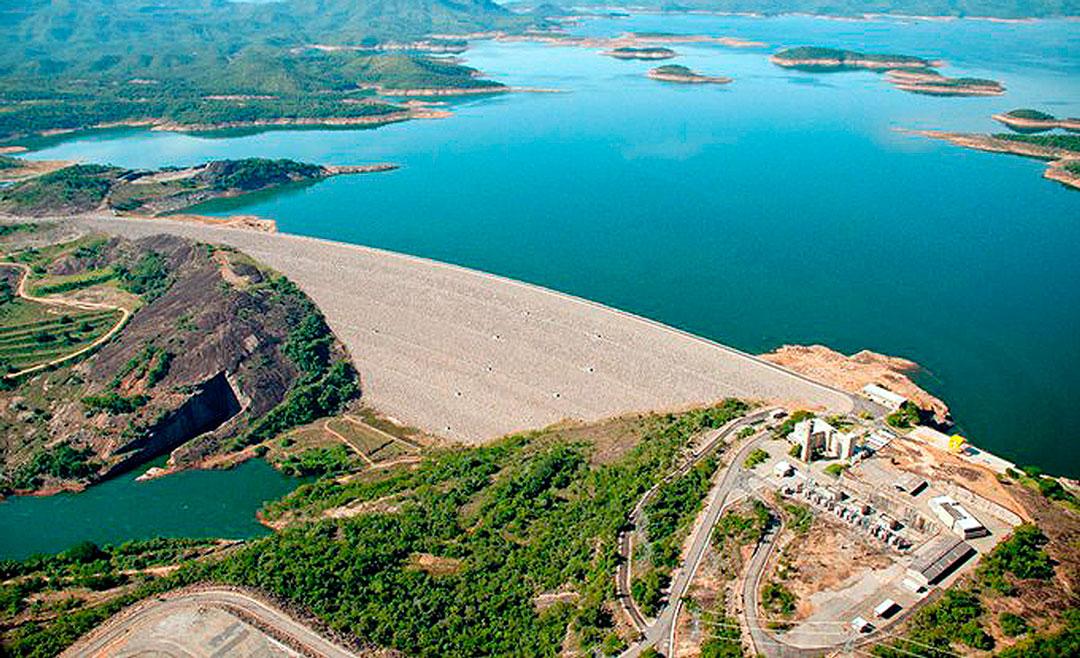 Hidrelétrica Serra da Mesa, entre Goiás e Tocantins: última grande usina projetada com reservatório no Brasil Crédito: Furnas